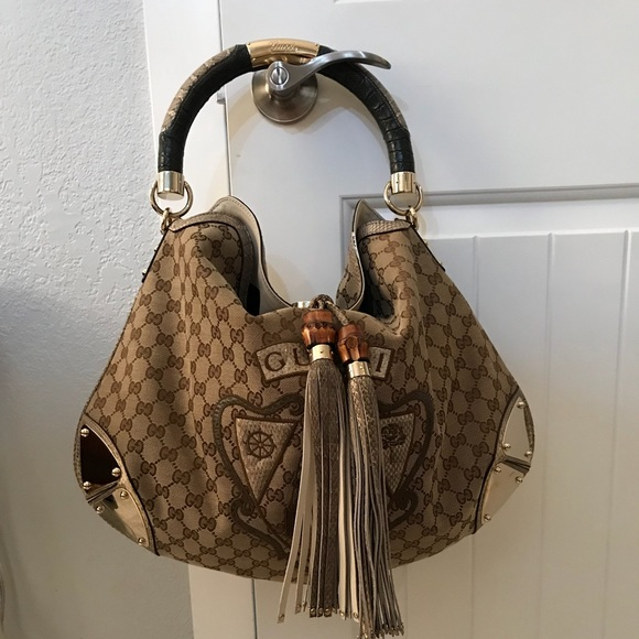 2f18f05a3019 Gucci Bags | Authentic Indy Handbag | Poshmark
